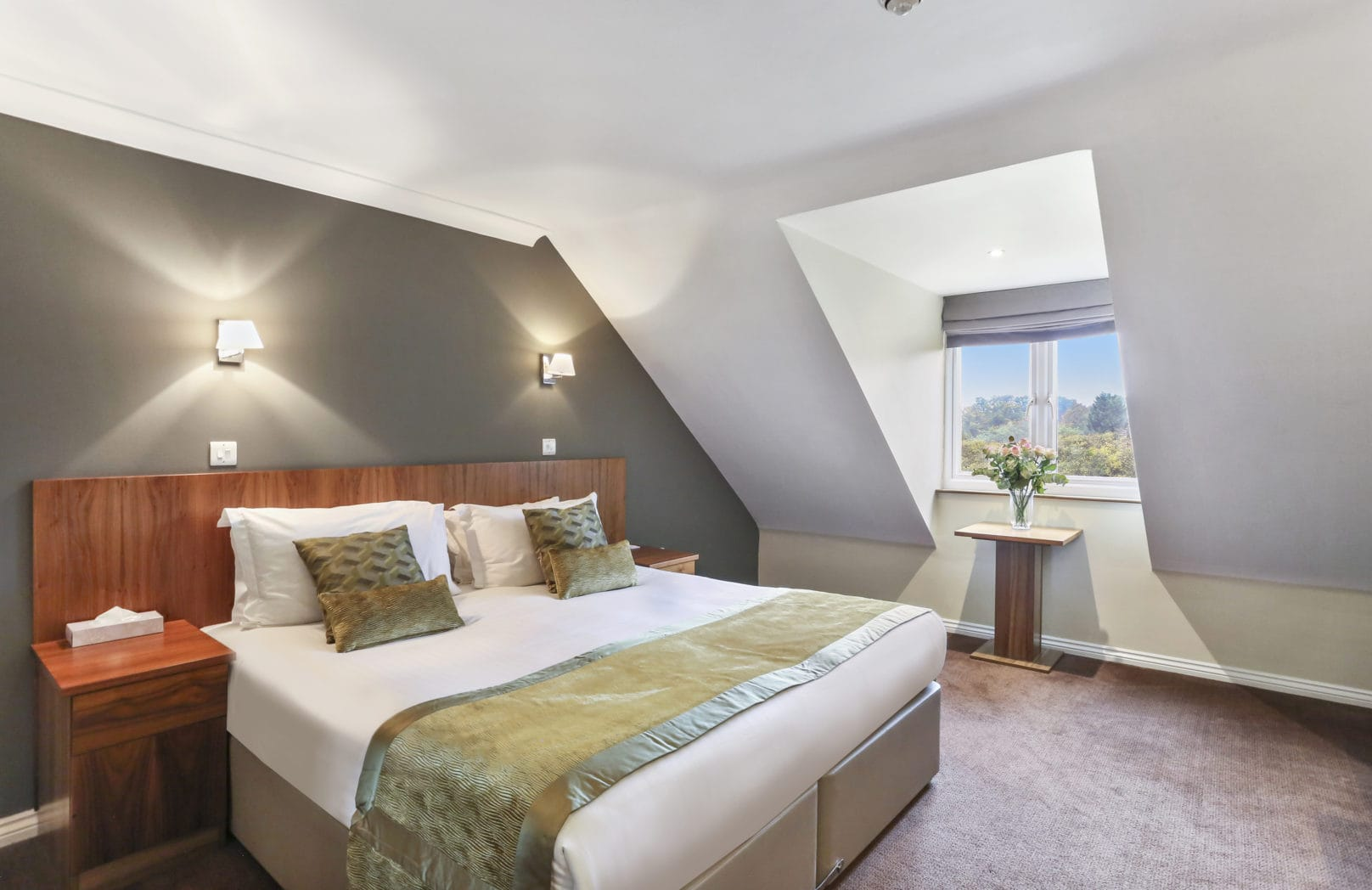 Hotel Bedroom Golf View Double Bed
