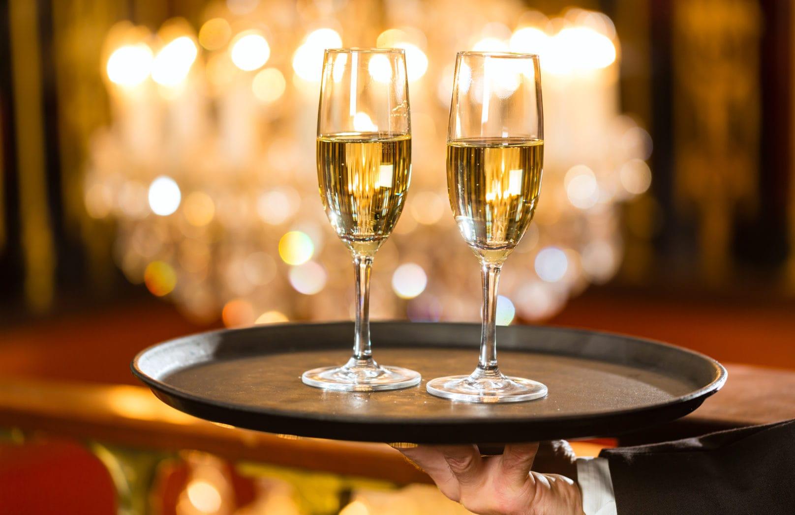 Gala Ball champagne setting