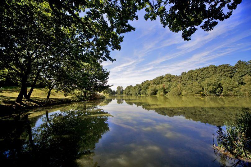 Stoke by Nayland Lake