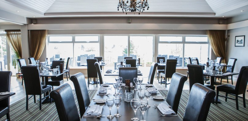 Lakes restaurant dining