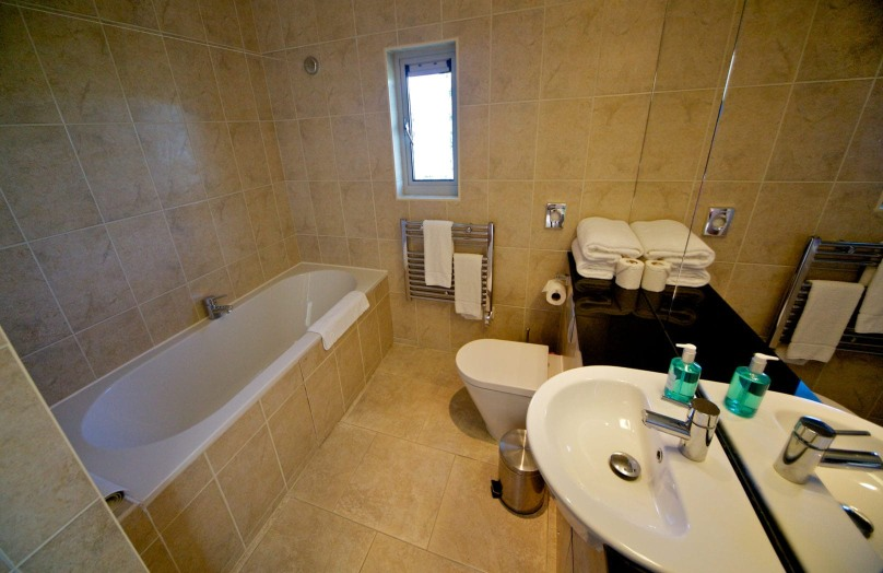 Lodge bathrooms